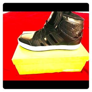 BBNEO Raleigh Adidas Mid